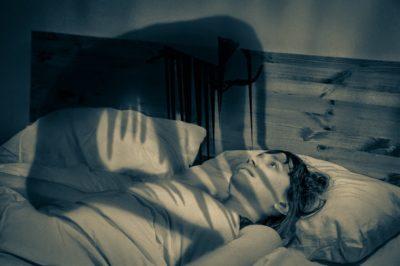 Душат во сне, черт,домовой